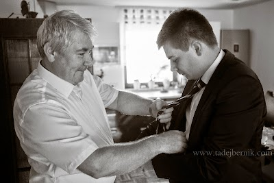 porocni-fotograf-wedding-photographer-poroka-fotografiranje-poroke- slikanje-cena-bled-slovenia-ljubljana-bled-hochzeitsfotografho (10).jpg