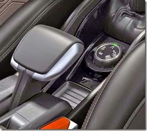 Peugeot-2008-interior-02[3]