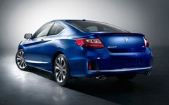 2013-Honda-Accord-Coupe-rear-side-view-1024x640