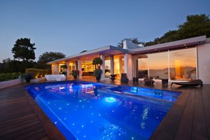 arquitectura-contemporanea-Casa-moderna-Beverly-Hills-JENDRETZKI-1