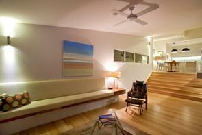 casa-con-suelos-de-madera