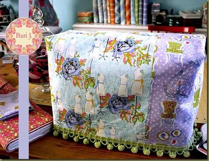 1057-sewingmachinecover2-1_b