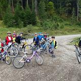 pornim voiosi pe Valea Azugii cu bicicletele.
