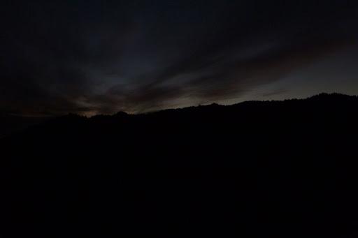 朝の5時半くらいだったかと思います。夜明け前の静かな時間はいいですね。