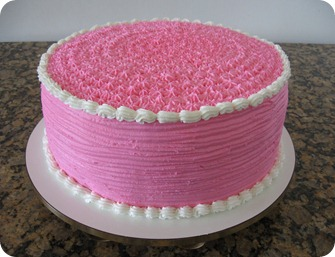 Bolo infantil rosa e branco glace real 004