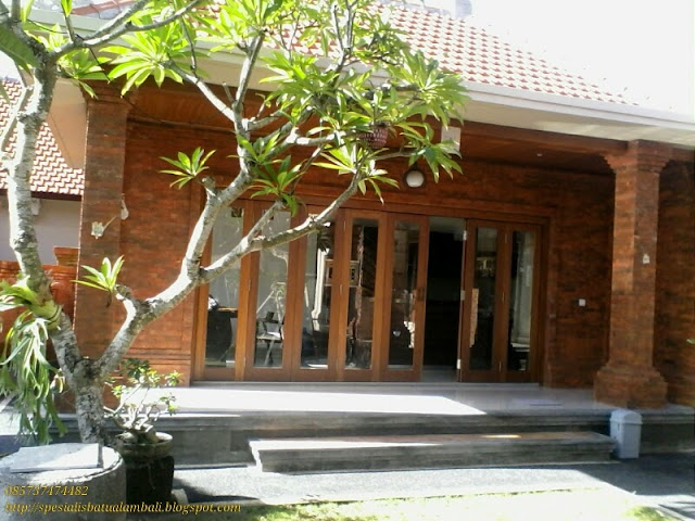 Dapur modern minimalis bata ekspose  Spesialis Batu Alam Bali