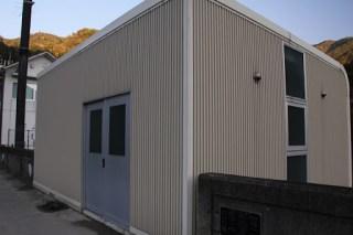 選択取水設備の建屋