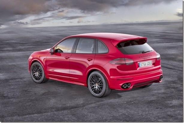 2015-Porsche-Cayenne-GTS-V63[2]