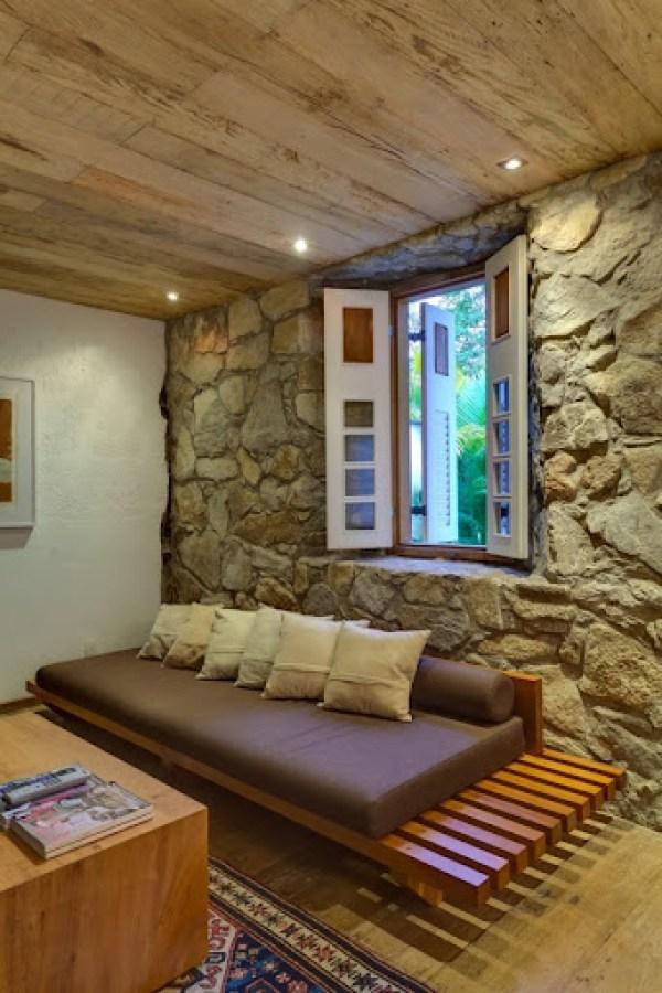 Decoracion-en-habitacion-muro-de-piedra