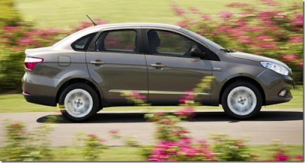 Fiat Grand Siena 2013 externas (17)