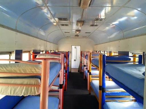 santos-express-train-lodge-5