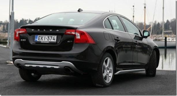 Volvo-S60-2011_04
