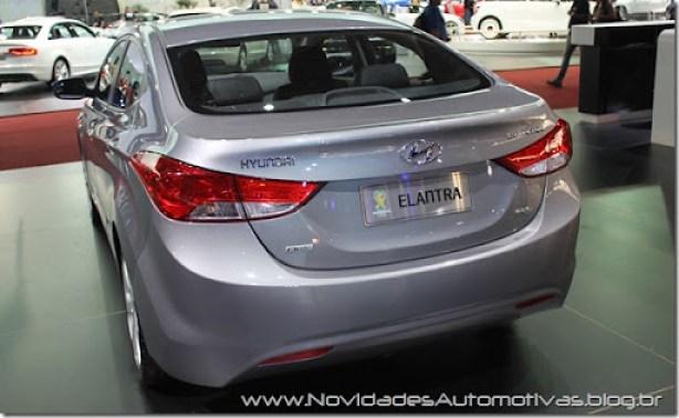 Hyundai Elantra 2 (3)
