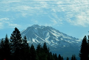 Mt Shasta from the 5