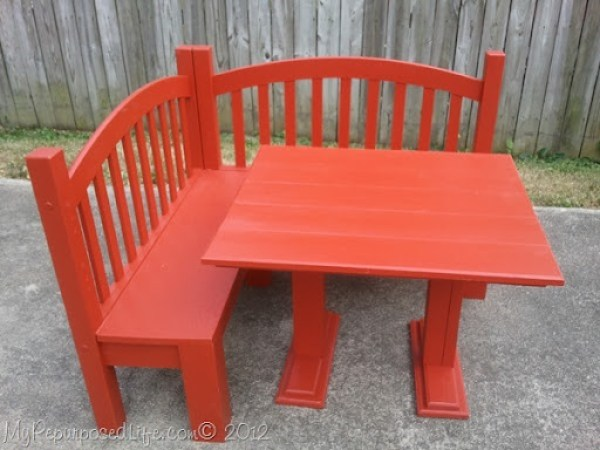 Kid's Corner Bench & Table