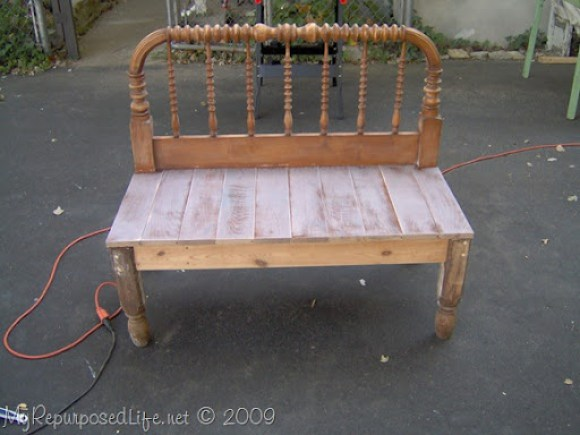spool bed into a headboard bench