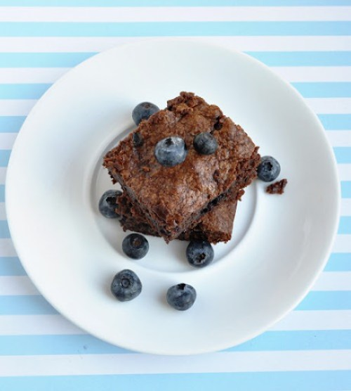 blueberry brownies 059