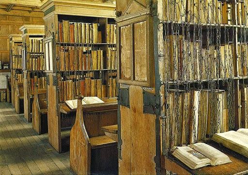 -Hereford-cattedrale incatenato-library-1