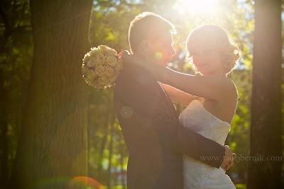 porocni-fotograf-wedding-photographer-poroka-fotografiranje-poroke- slikanje-cena-bled-slovenia-ljubljana-bled-hochzeitsfotografho (107).jpg