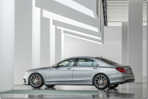 2014-Mercedes-Benz-S63-AMG-32[2]