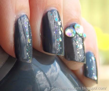 nail treasures subtle bling