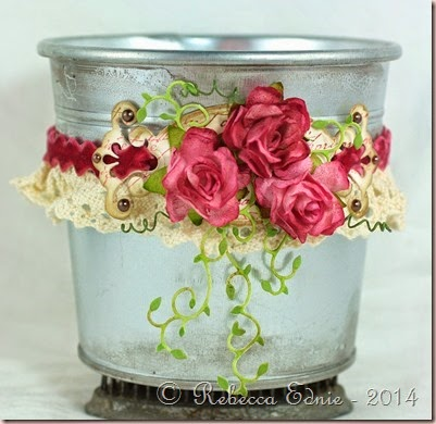 lace and roses pail