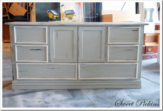 hutch and sofa table 033