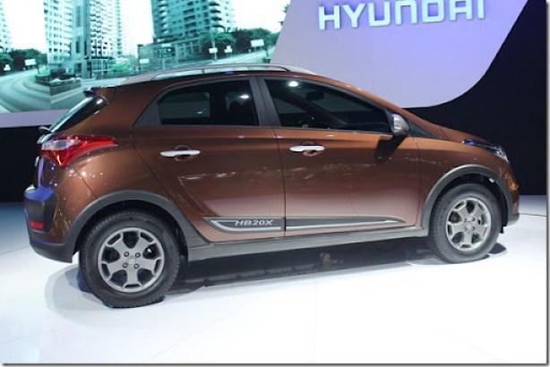 Hyundai HB20X (4)