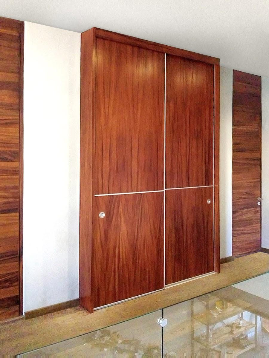 closet de lujo de madera de parota