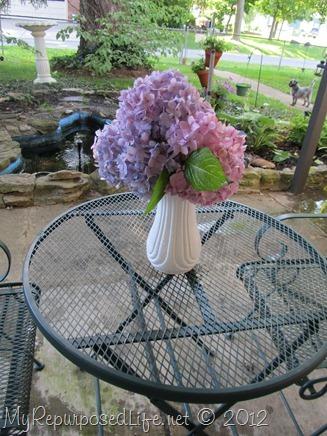 pretty patio table