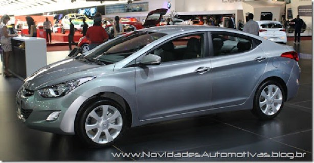 Hyundai Elantra 2 (1)