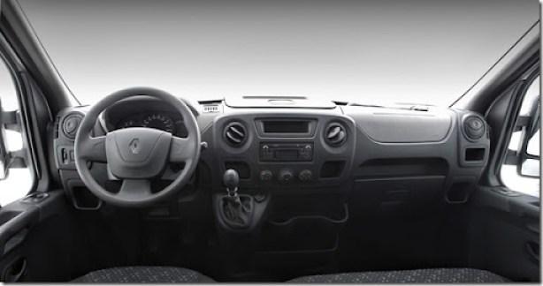 Novo Renault Master 2013. Curitiba/PR./ Foto: Rodolfo Buhrer / La Imagem.