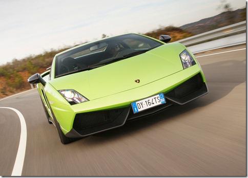 Lamborghini-Gallardo_LP570-4_Superleggera_2011_1024x768_wallpaper_07