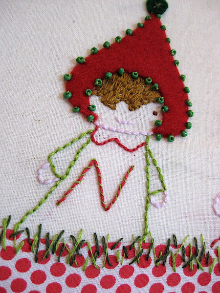 Christmas embroidery mounted on canvas - Tutorial and free download