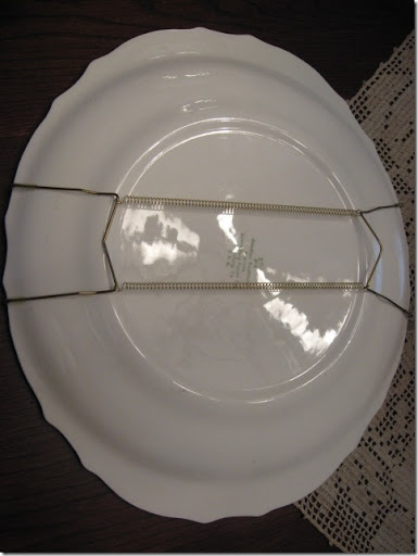 I have always used those wire plate hangers that you can get at any of the craft/hobby stores like Hobby Lobby or Michaels. And they work beautifully and ... & Hanging Plates - Southern Hospitality