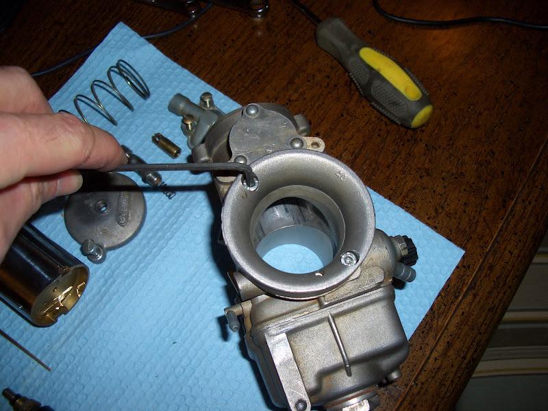 Rebuilding a DellOrto PHM-SD carburetor | Creotiv lives here