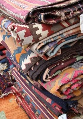The Estate of Things chooses Kilim Rugs