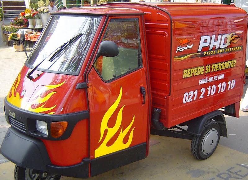 Pizza Hut Delivery - scuter