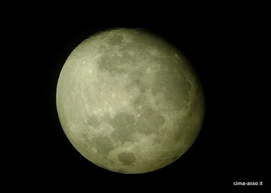 La Luna attraverso il telescopio del team DeepSpace Lecco