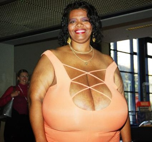 World's Largest Natural Breasts (Norma Stitz) 06