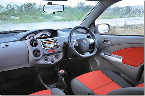 Toyota Etios Brasil-India lançamento oficial  (6)