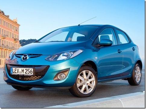Mazda-2_2011_1280x960_wallpaper_05