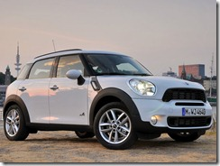 Mini-Countryman_2011_800x600_wallpaper_01