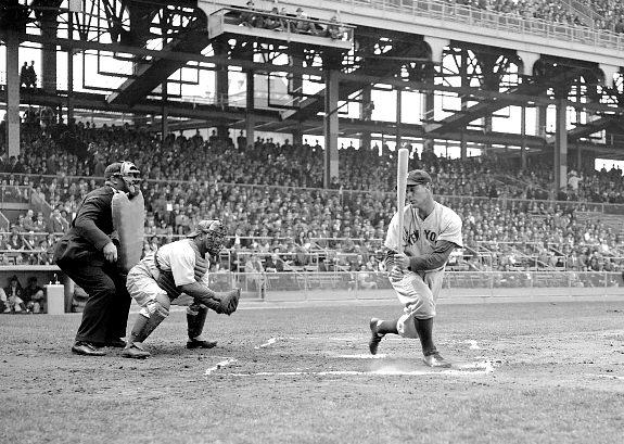 Gehrig swings