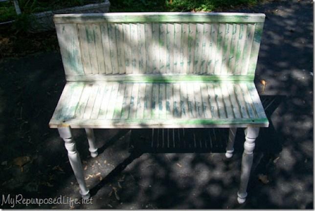 chippy green plant bench