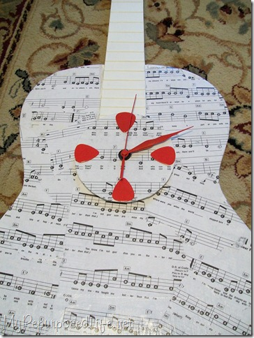 reupurposed guitar clock