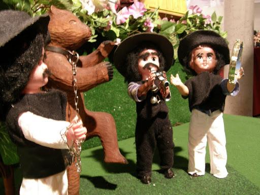 bábkiállítás, babakiállítás, babák, baba, Lilliput, Liliput, gipsy, gipsies, exhibition, funny puppets puppet
