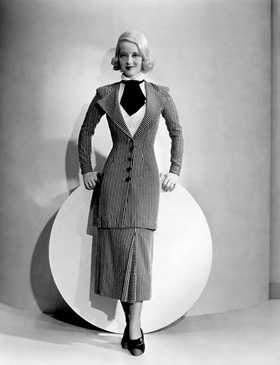 20- Davis, Bette (Fashions of 1934)_01sm