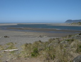 sunny skies, incoming tide, wind 40 mph  Pistol River launch site