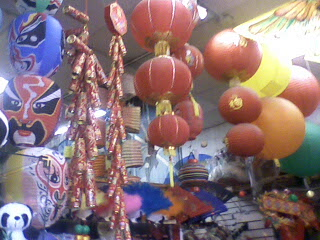 Browsing stores in Chinatown